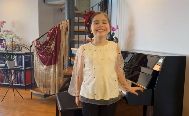 11-year-old Mexican pianist conquers international music competition