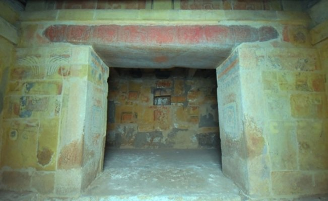 Unearthed secrets of millenary Mixtec tomb to be preserved in Oaxaca