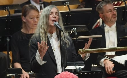 Patti Smith eclipsa con su humanidad la ausencia de Bob Dylan