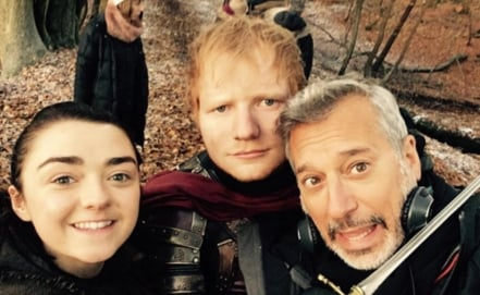 "Ed Sheeran publica fotografía en set de ""Game of Thrones"""