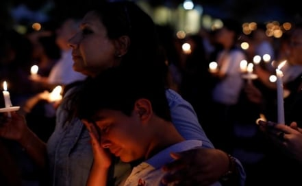 Mexican among the 17 victims in shooting at Florida high school