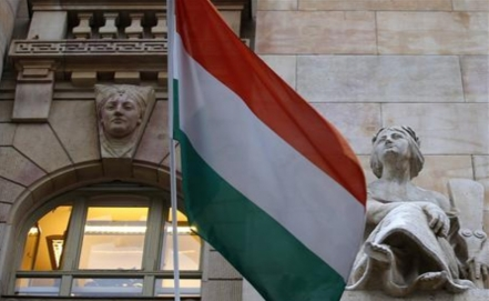 Hungarian youth weighs migration option as election nears
