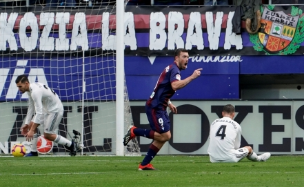 Eibar visits Real Madrid in the Spanish League