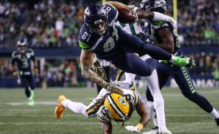 Seattle se impone a Green Bay en un partidazo
