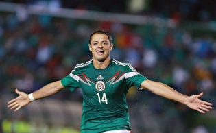 "Mexico's all time top scorer Javier ""Chicharito"" Hernández signs with LA Galaxy"