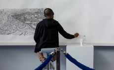 Autistic artist draws Mexico City from memory