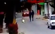 Video. Captan asalto a automovilista en Coacalco