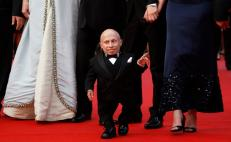 "Fallece Verne Troyer, actor que encarnó a ""Mini Me"""