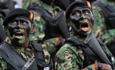 AMLO asks 50,000 youngsters to join the armed forces