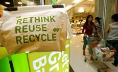 Mexican students awarded for biodegradable bag innovation