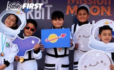 Children with cancer decorated at robotics competition in Mexico