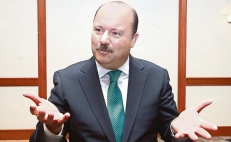 César Duarte fights for his rights