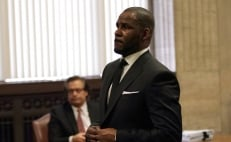 Emerge defensa legal de R. Kelly ante cargos por abuso sexual