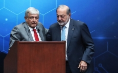 Is there a feud between López Obrador and Carlos Slim?