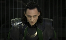 Tom Hiddleston vuelve a interpretar al hermanastro de Thor