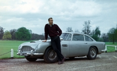 Aston Martin subastará el DB5 original de James Bond
