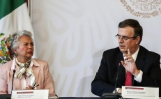 Sánchez Cordero and Ebrard make peace