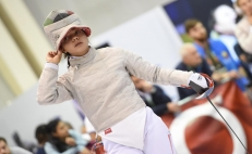 Mexican fencer Natalia Botello defeats Uzbekistani Paola Pliego in Hungary World Championship