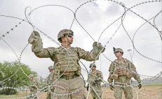2,100 more soldiers to border with Mexico: Pentagon