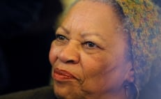 Toni Morrison, first African American female author to win Nobel Prize, dies at 88