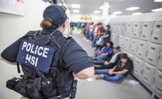 ICE raids in Mississippi: 122 Mexican migrants arrested