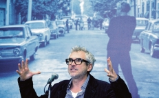 Alfonso Cuarón to create exclusive content for Apple TV+