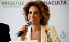 Karime Macías, the wife of a former Governor, is detained in the UK