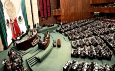 Mexican lawmakers vote to end presidential immunity