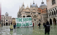 Is climate change to blame for the Venice floods?