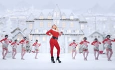 """Mariah Carey lanza video de """"All I Want for Christmas is you"""""""