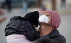 Chicken pox outbreak forces closure of migrant shelter in Mexico