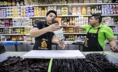 In eco-friendly move, Mexico City bans single-use plastic bags