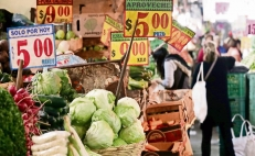 Mexico City's traditional markets are at risk
