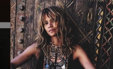 Halle Berry se muestra sin maquillaje y luce hermosa