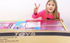 Unboxing, YouTube, niños, videos,
