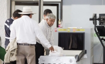 AMLO won't set foot on the presidential plane