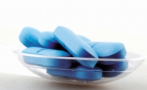 Mexican students create toothpaste capsules to save water