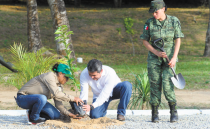 According to Mexican farmers, government workers are asking them for bribes