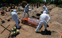Mexico City authorities investigate doctors who sold false death certificates amid the COVID-19 pandemic