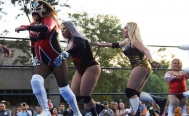Female wrestlers fight violence against women