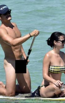 Publican fotos de Orlando Bloom desnudo junto a Katy Perry