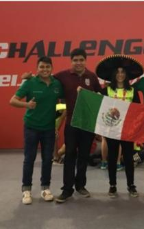 IPN students win silver medal in 2017 RobotChallenge