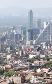 Mexico drops four places in human capital