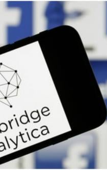 Cómo saber si Cambridge Analytica robó tus datos de Facebook