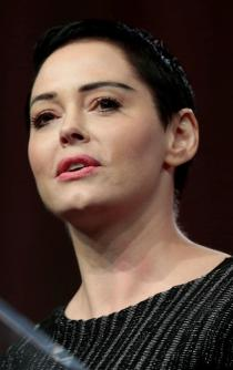 "Rose McGowan: ""Te atrapamos Harvey Weinstein"""