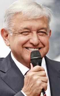 Mexicans oppose the Texcoco airport; AMLO confirms Santa Lucía project
