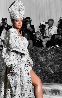 Rihanna takes the criminal case against her father to get Fenty