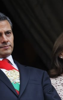 Former first lady demands private flights and fleet of cars to divorce