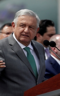 Mexican President announces new airport construction to start next week