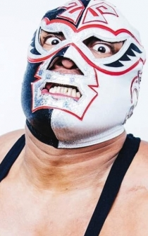 Silver King, pro wrestler and Nacho Libre actor, dies during show